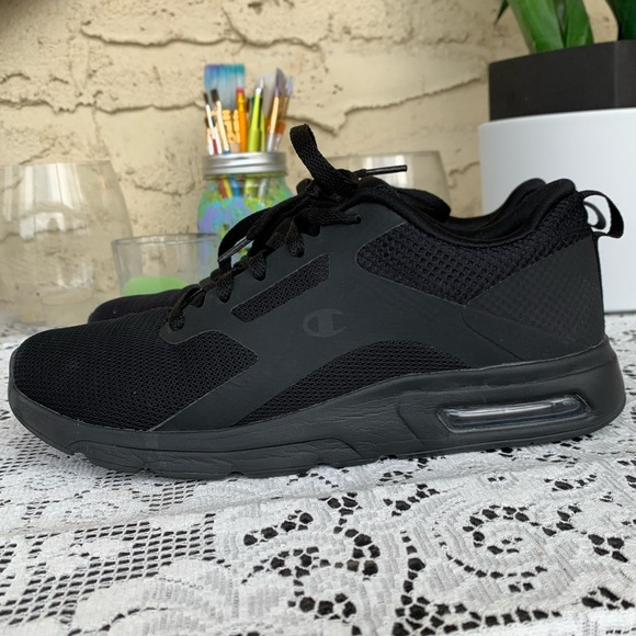 CHAMPION black workout/running shoes